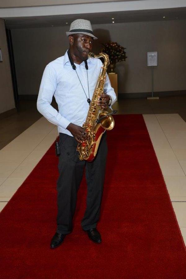 The saxophone player SaxoKay Afrojazz