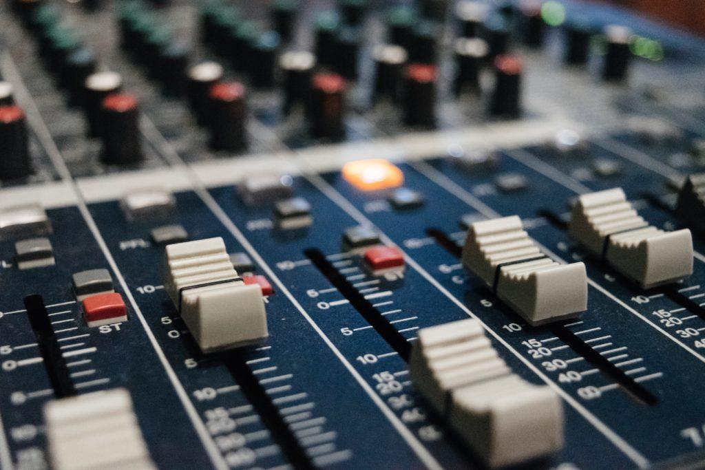 Finding the hidden patterns in radio measurement